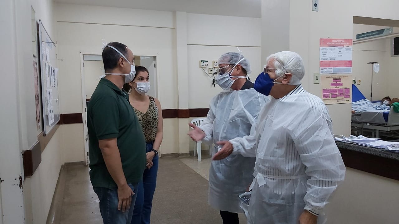 Sindicato dos Médicos do RN visita Hospital Santa Catarina